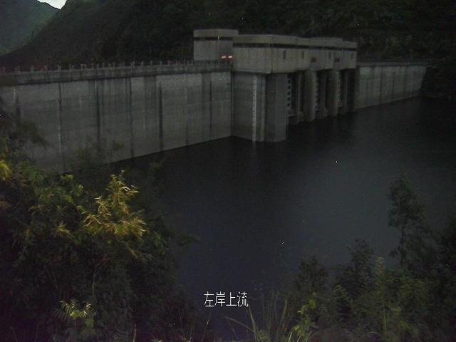 富郷ダム画像